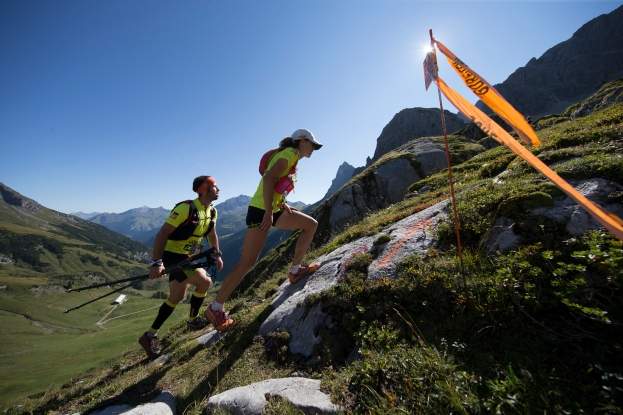 Etappe 2, GORETEX Transalpine Run 2015, Lech - St. Anton, Gesamtstrecke 24,7 km, Hm im Aufstieg 1899 Hm, Hm im Abstieg 2042 Hm, Vorarlberg, Austria. 30.08.2015. Digital Photo; Copyright: Klaus Fengler.